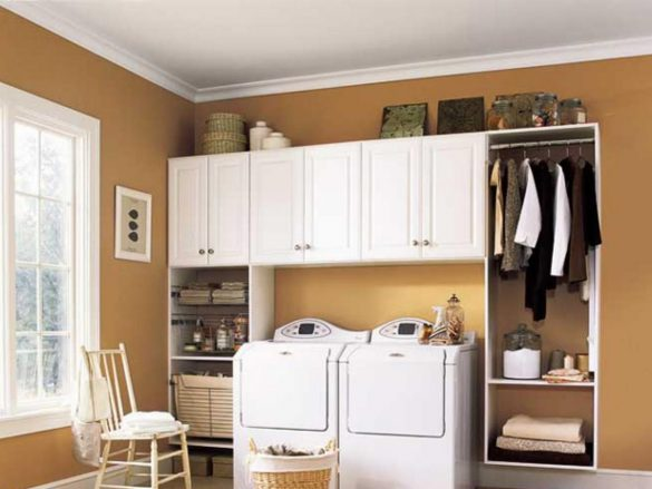A lean design that offers long hanging space and plenty of storage